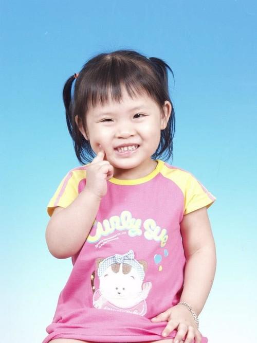 小孩的笑容最纯真